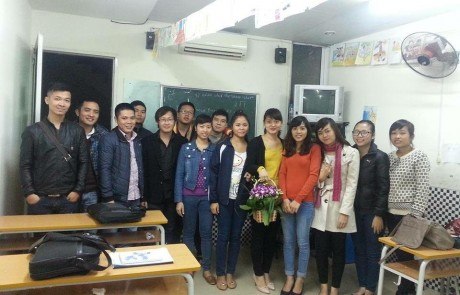 Lop-tieng-anh-Thuhaclass-1
