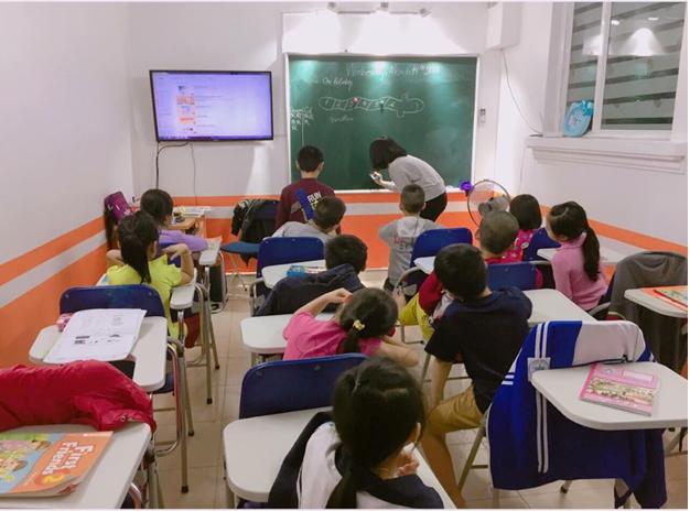Tiếng Anh trẻ em cấp 1: Giáo viên Việt Nam